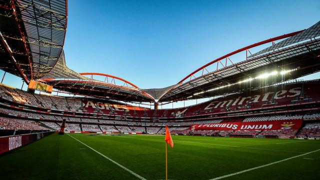 Gaffe do Barça antes de jogo na Champions irrita adeptos do Benfica