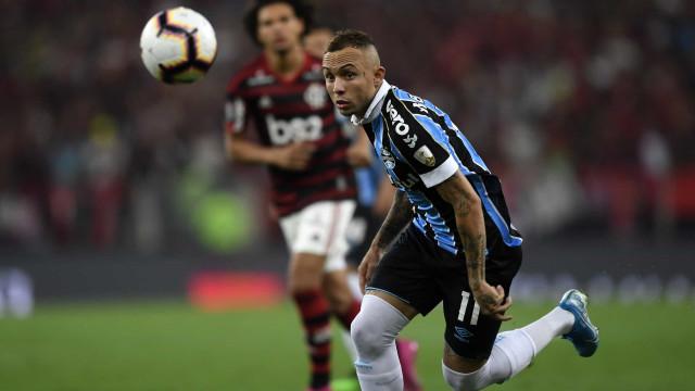 O que pode oferecer Everton Cebolinha ao Benfica? A resposta está aqui
