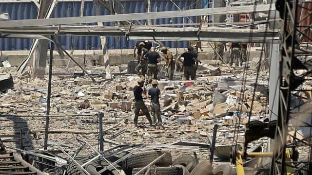Já há pelo menos 135 mortos em Beirute. O que se sabe até agora?
