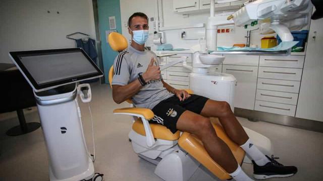 Benfica versão 2020/21 está aí: As imagens dos exames médicos