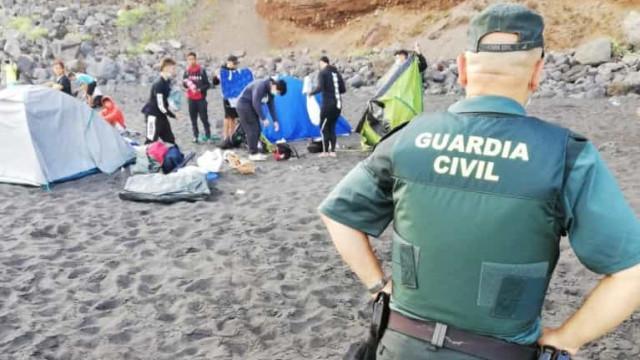 Polícia desmantela acampamento cujo objetivo era propagar a Covid-19