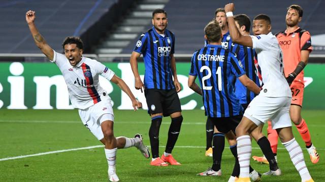 De loucos. PSG elimina Atalanta em jogo com final dramático