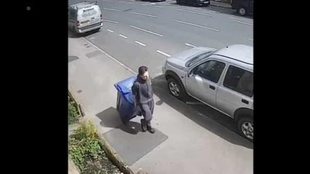 Homicida é filmado a transportar corpo de professora em caixote do lixo