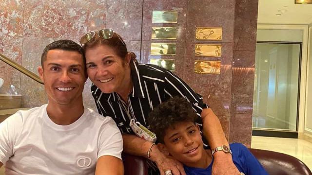 """Dolores Aveiro. """"Se o Ronaldo tivesse ficado na Madeira não era ninguém"""""""