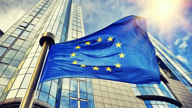 """Bruxelas está a """"acompanhar de perto"""" subida dos preços da energia"""