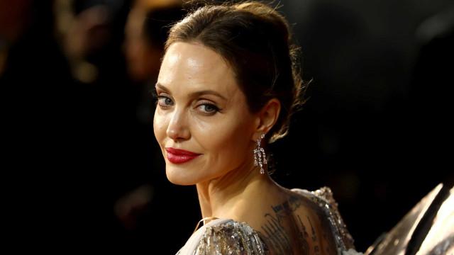 Angelina Jolie diz que o seu divórcio tornou sonho impossível de realizar