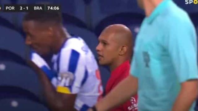 """Raúl Silva furioso: """"Fala assim lá fora a ver se não te rebento a cara"""""""