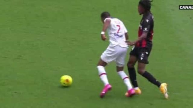 Como Mbappé deixou os defesas do Nice completamente atarantados