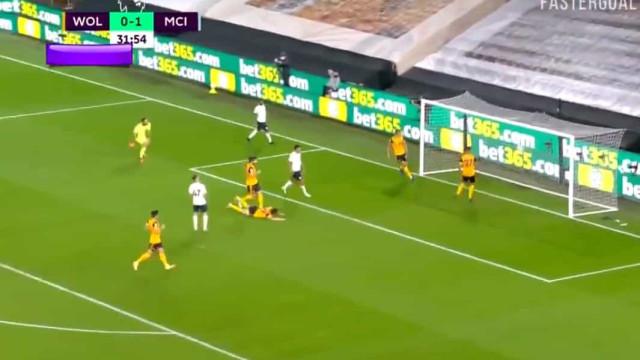 Golo de Foden ao Wolverhampton foi um hino ao futebol