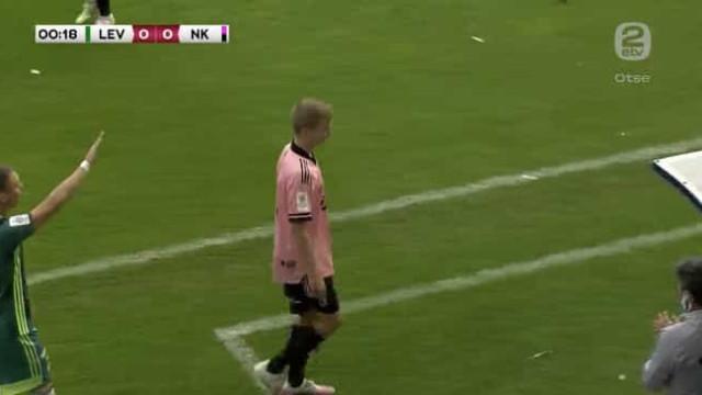 Aconteceu na Estónia: Jogador foi substituído ao fim de... 13 segundos
