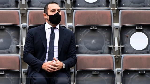 """Ministro italiano volta a visar Ronaldo: """"Ele sente-se acima de tudo"""""""