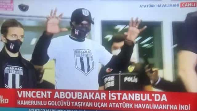 Aboubakar já está na Turquia para assinar pelo Besiktas
