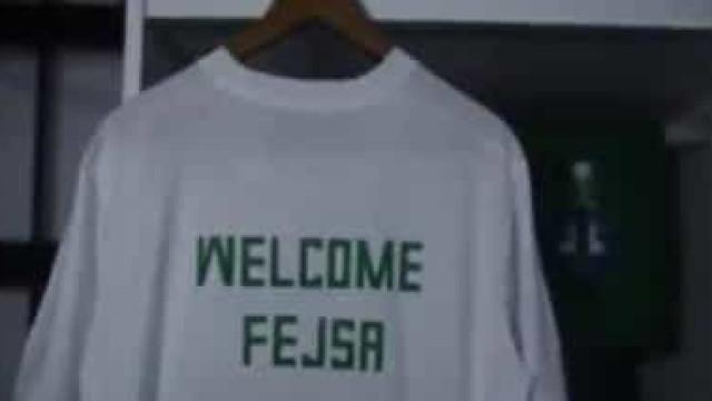 """A original apresentação do """"viking"""" Fejsa no Al-Ahli"""