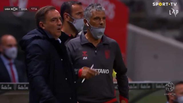 André Horta marcou, árbitro anulou e deixou Carvalhal estupefacto