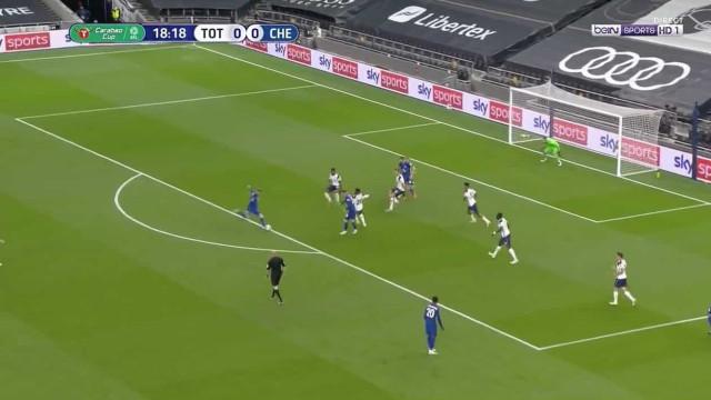 Timo Werner estreia-se a marcar pelo Chelsea na 'casa' de Mourinho