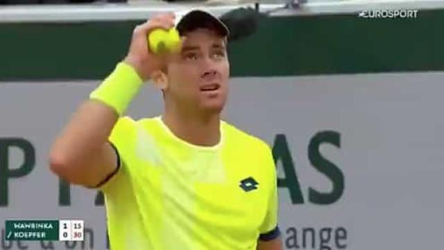 Explosão causou apreensão em Roland Garros. Tudo não passou de um susto