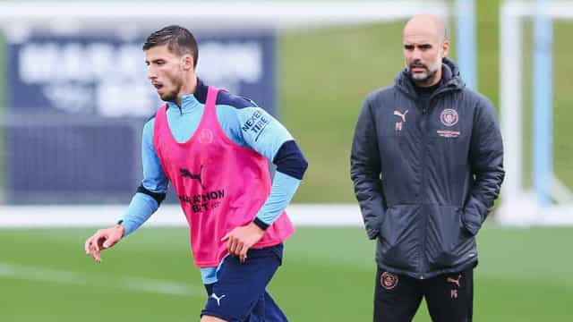 Foi assim o primeiro treino de Rúben Dias sob o olhar atento de Guardiola