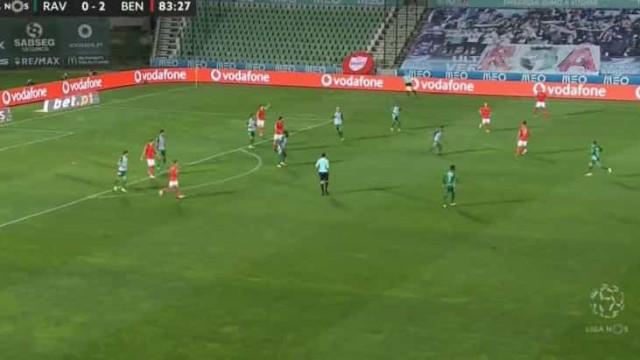 Gabriel também marca e dá maior tranquilidade ao Benfica