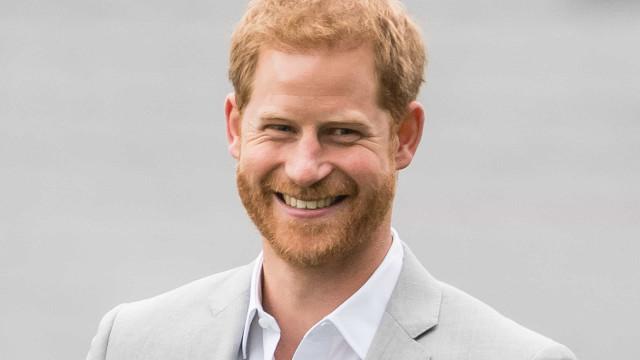A partida hilariante que o príncipe Harry fez à avó, a rainha Isabel II