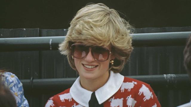 Zara lança camisola com padrão icónico popularizado pela princesa Diana