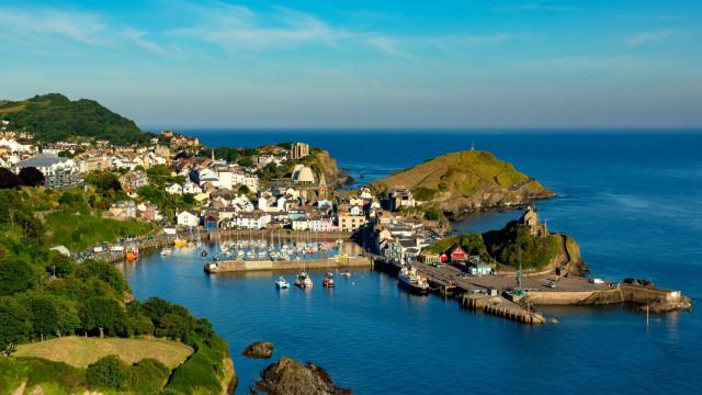 Cidades e vilas costeiras pitorescas do Reino Unido e Irlanda