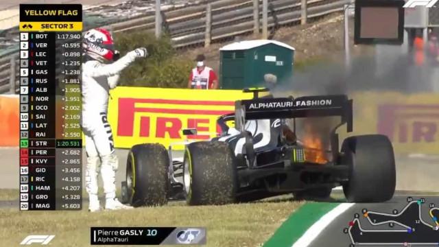 Carro de Gasly pega fogo e leva à interrupção do GP de Portugal