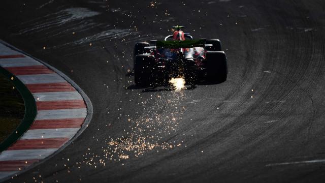 Motores F1 voltam a 'roncar' em Portugal: Eis as imagens do primeiro dia