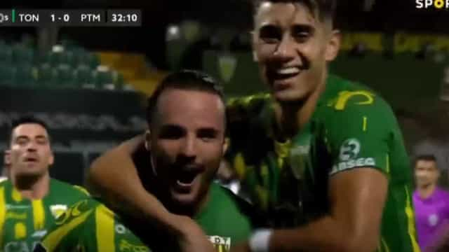 O remate certeiro de Rafael Barbosa que deu os três pontos ao Tondela