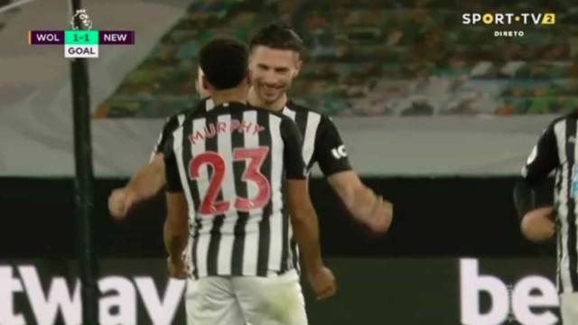 Murphy aplica um golaço a Rui Patrício: Entrou pelo 'buraco da agulha'