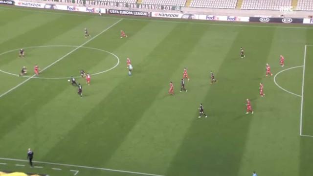 PSV surpreendido no Chipre por golo... de antes do meio-campo