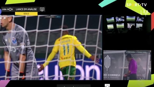 Singh faz segundo, VAR anula e rebenta a polémica no Paços-FC Porto