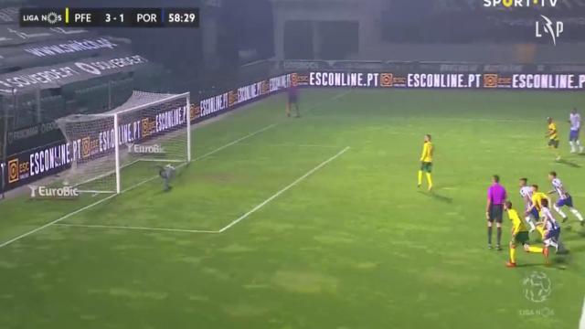 Marega comete penálti e Bruno Costa não desperdiça terceiro golo pacense