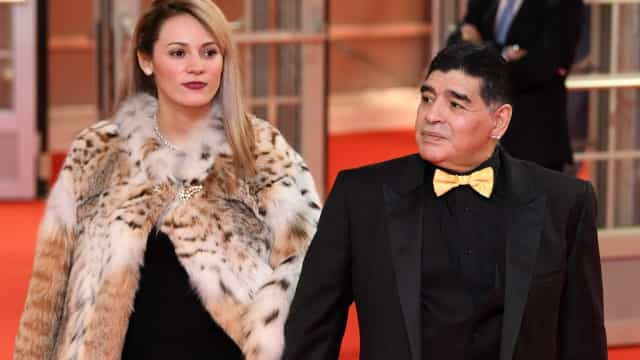 Ex-namorada de Diego Maradona impedida de participar em velório