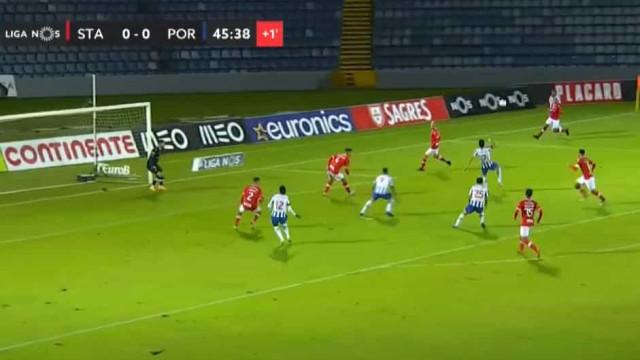 O golaço de Luís Díaz para abrir o marcador no estádio de São Miguel