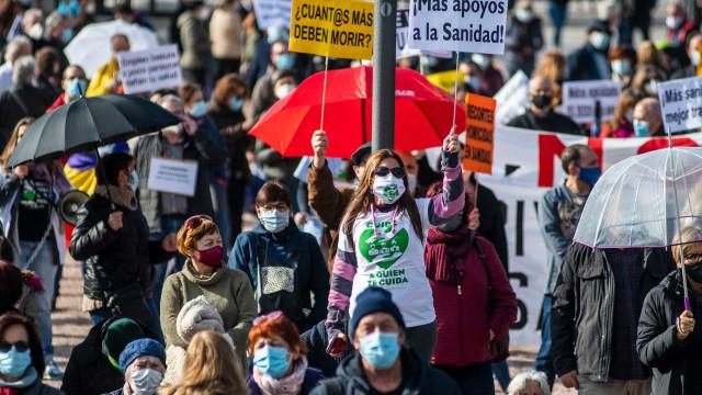 Milhares manifestam-se em Madrid em defesa da Saúde Pública