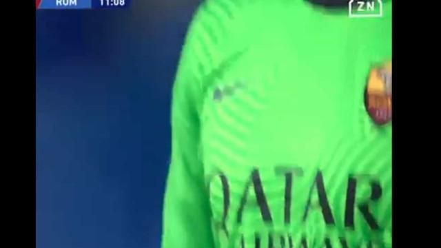 Por ti, El Pibe: Atletas de Napoli e AS Roma pararam o jogo ao minuto 10