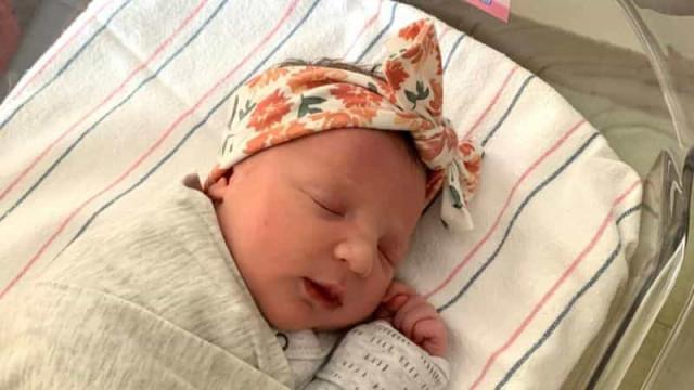 Bebé nasceu de embrião congelado há 27 anos nos EUA e quebra recorde