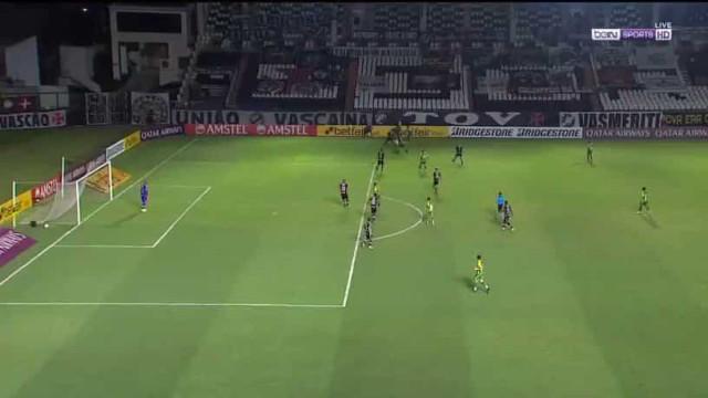 Sá Pinto eliminado da Taça Sul-americana com 'frango' do seu guardião