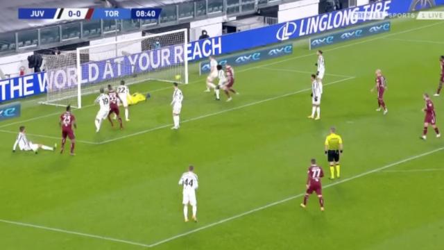 Juventus ficou em apuros logo aos nove minutos no dérbi de Turim