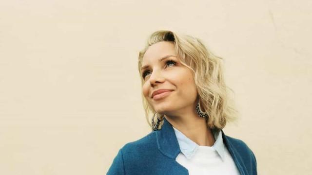 Luciana Abreu declara-se à mulher que lhe ensinou a sua filosofia de vida