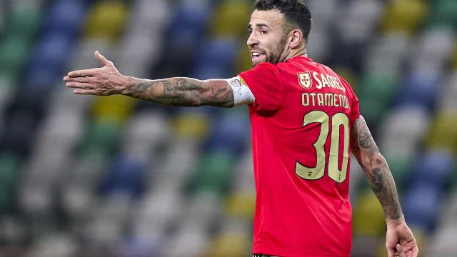Mais dois jogadores do Benfica infetados. E já vão sete