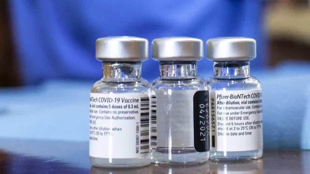 Carrinha de transporte de vacinas contra a Covid-19 despista-se na A2