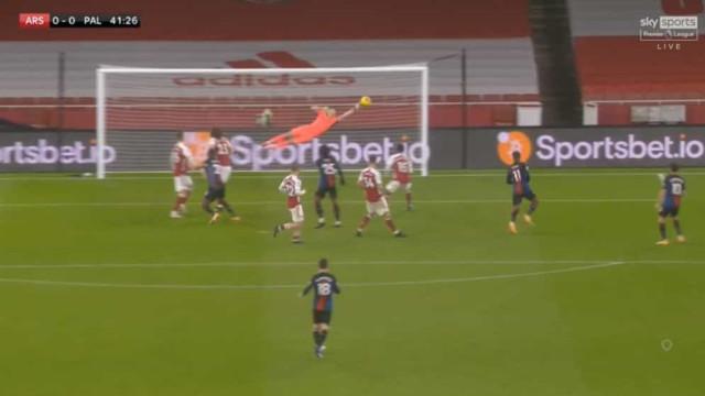 Arsenal não foi além de um nulo e bem pode agradecer a Leno