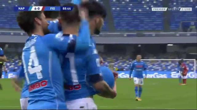 De defesa a defesa: A jogada do Napoli que fechou a goleada à Fiorentina