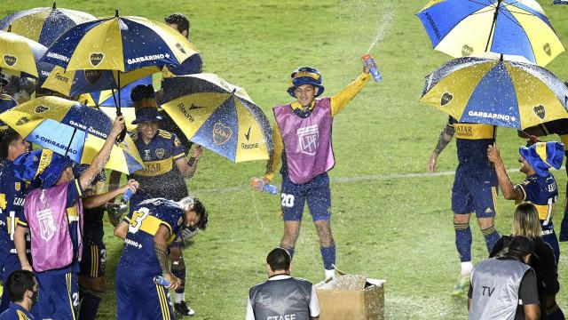 Boca Juniors conquista Copa Diego Maradona nas grandes penalidades