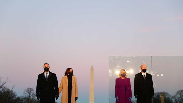 Joe Biden e Kamala Harris inauguraram memorial às vítimas da Covid-19