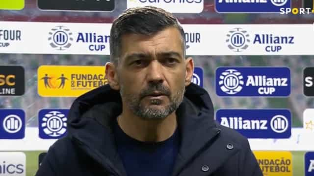 """Sérgio Conceição revoltado após a derrota: """"Sinto-me prejudicado"""""""