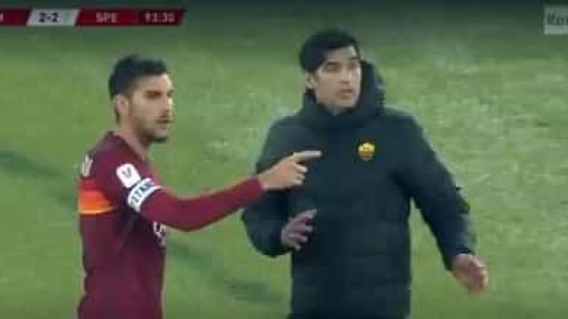 Roma fez seis substituições e vídeo mostra que jogador 'avisa' Fonseca