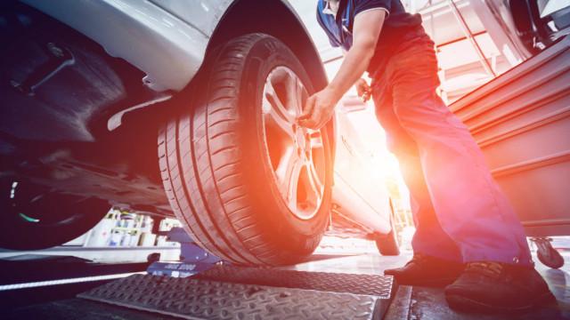 Levar carro à inspeção só por marcação. 'Stands' têm de encerrar