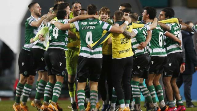 Sporting campeão de inverno. Amorim renovou os votos com a Taça da Liga
